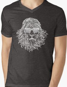 LION WITH GLASSES LAST MAN ON EARTH Tandy Phil Miller Mens V-Neck T-Shirt