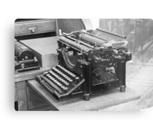 Underwood typewriter Metal Print