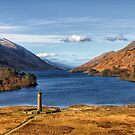 Glenfinnan Memorial and Loch Shiel by derekbeattie