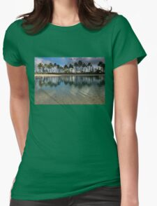 Palm Trees, Crystal Clear Lagoon Water and Tropical Fish Womens Fitted T-Shirt