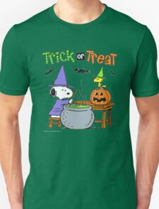 Snoopy Trick Or Treat Unisex T-Shirt