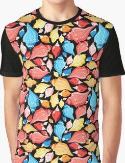 Seamless graphic pattern seashells Graphic T-Shirt