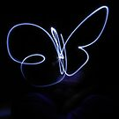 PROJECT: Playing with Lights: Butterfly by Vicki Spindler (VHS Photography)