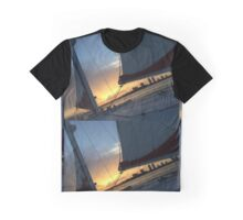 Miami sunsets Graphic T-Shirt