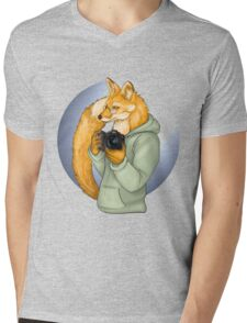 Photographer Fox Mens V-Neck T-Shirt