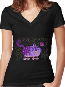 Close encounters of the weird kind: the web Women's Fitted V-Neck T-Shirt