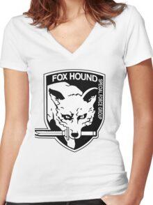 FOX HOUND Art Women's Fitted V-Neck T-Shirt