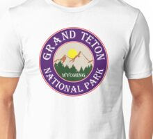 GRAND TETON NATIONAL PARK WYOMING MOUNTAINS TREES SUN ROUND Unisex T-Shirt