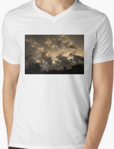Extraordinary Mammatus Clouds At Sunset Mens V-Neck T-Shirt