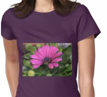 Purple bloom macro Womens Fitted T-Shirt