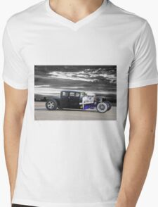 1928 Dodge 'Hot Rod' Coupe Mens V-Neck T-Shirt