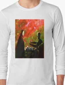 Playing chess with Death Long Sleeve T-Shirt