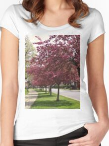 Cherry blossom time in town Women's Fitted Scoop T-Shirt