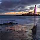 St Mary's Lighthouse by David Lewins