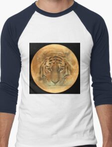 The Tiger in the Moon Men's Baseball ¾ T-Shirt