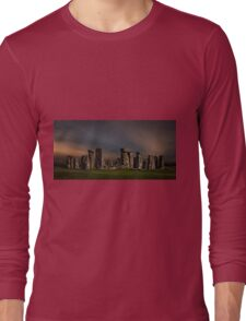 Stonehenge at dusk Long Sleeve T-Shirt