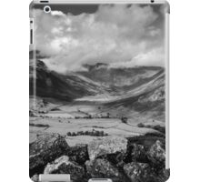 Side Pike Valley View iPad Case/Skin