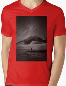 MASHUP Mens V-Neck T-Shirt