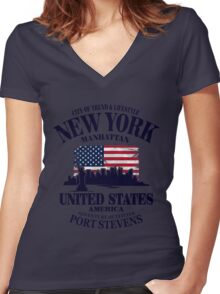 New York Skyline - USA Vintage Flag Women's Fitted V-Neck T-Shirt
