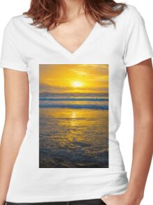 yellow sunset at beal beach Women's Fitted V-Neck T-Shirt