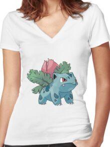 Pokemon - Ivysaur Women's Fitted V-Neck T-Shirt