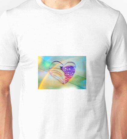 A beautiful quilled purple heart Unisex T-Shirt