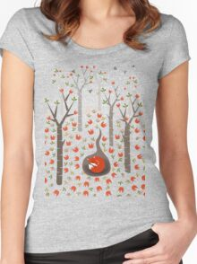 Sleeping Fox Women's Fitted Scoop T-Shirt