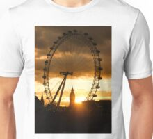 Framing the Sunset in London - the London Eye and Big Ben  Unisex T-Shirt