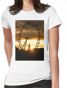 Framing the Sunset in London - the London Eye and Big Ben  Womens Fitted T-Shirt