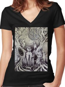 they danced under the light of the moon cat art Women's Fitted V-Neck T-Shirt