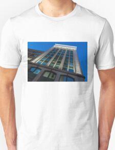 City Night Walks – White, Green and Blue Facade Unisex T-Shirt
