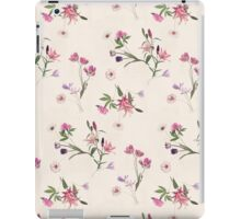 Scattered Floral on Cream iPad Case/Skin