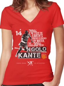 N'GOLO KANTE - CLASS ON GRASS Women's Fitted V-Neck T-Shirt