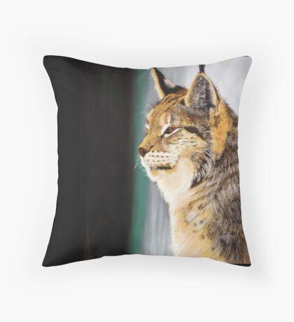 A (big) cat named Bob Throw Pillow