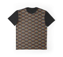 Bear Scallop Flag Graphic T-Shirt