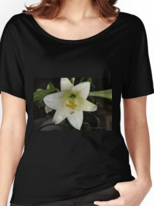 Easter Lilly Women's Relaxed Fit T-Shirt