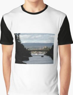 Tamar River, Cataract Gorge, Launceston Tasmania Graphic T-Shirt