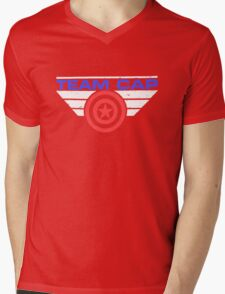 """TEAM CAP """"Civil War 2016"""" Mens V-Neck T-Shirt"""