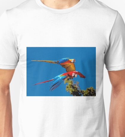 Macaws in flight Unisex T-Shirt