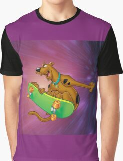 scooby on the board Graphic T-Shirt