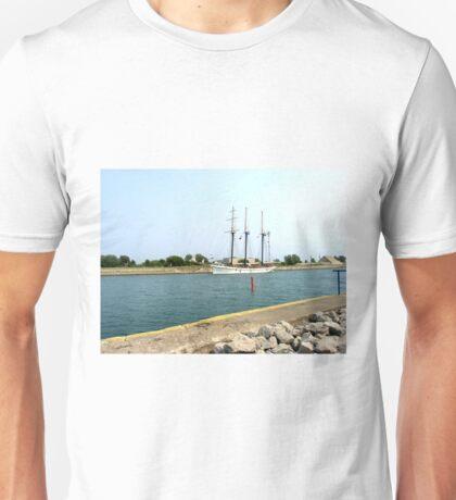 Tree masts sailing ship Unisex T-Shirt