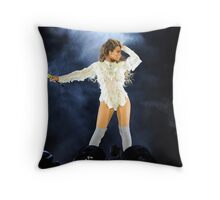 Beyoncé - Formation World Tour ATLANTA  Throw Pillow