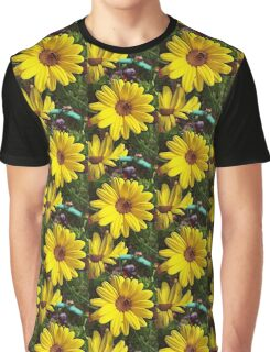 Bush Daisy Graphic T-Shirt