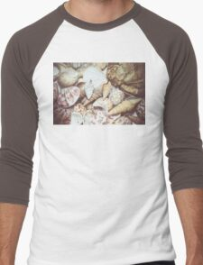 Seashell Background Macro Men's Baseball ¾ T-Shirt