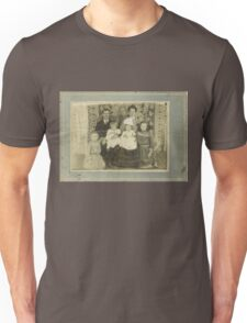 """""""Family Retro""""... prints and products Unisex T-Shirt"""