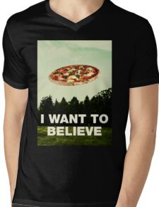 i want to believe in pizza Mens V-Neck T-Shirt