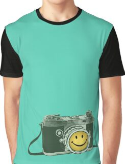 Smiley camera Graphic T-Shirt