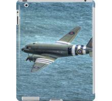 C-47 Dakota, ZA947 'Kwicherbichen' iPad Case/Skin