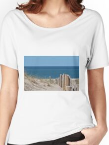 Sandy beach and deep blue sea Women's Relaxed Fit T-Shirt
