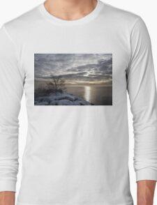Lakeside Silver – Winter Morning Light Long Sleeve T-Shirt